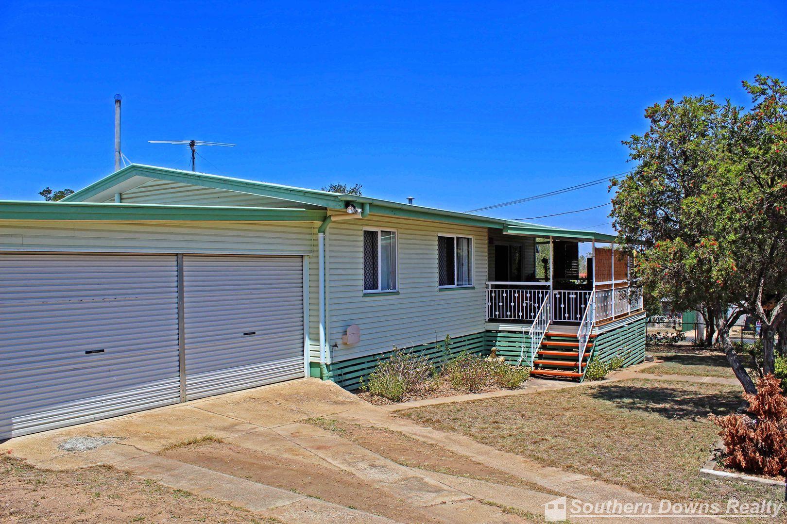20 Evans Crescent, Warwick QLD 4370, Image 2