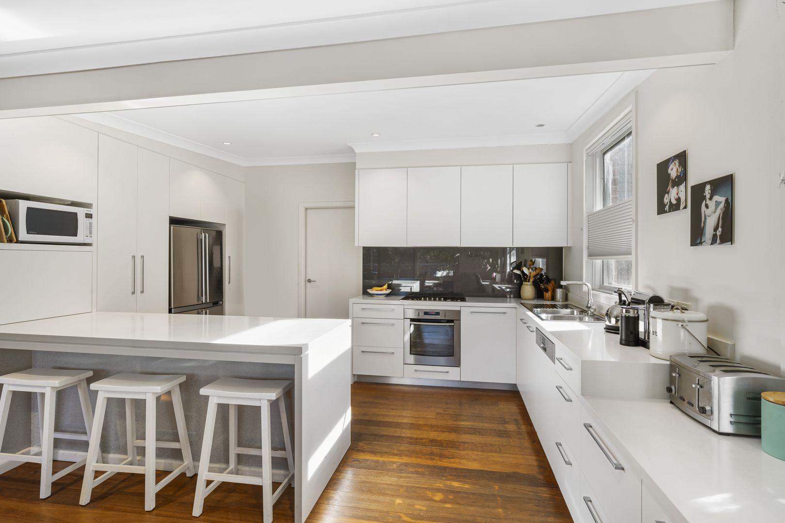 36 Upper Cliff Road, Northwood NSW 2066, Image 2