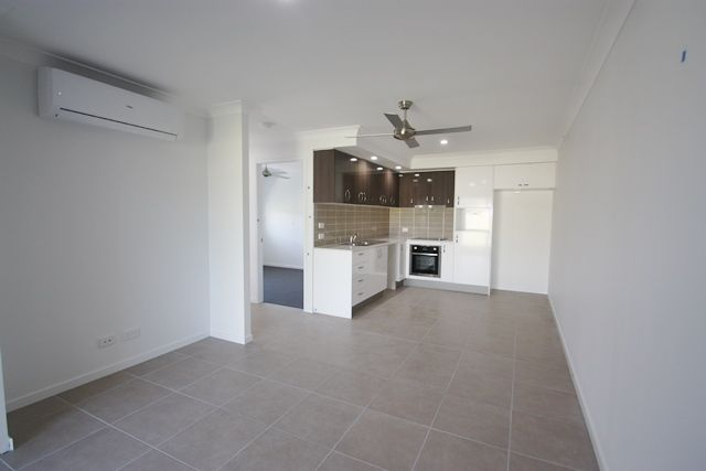 2/14 Canopus  Court, Kingston QLD 4114, Image 1