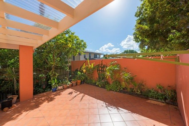 Picture of 178 Juliette Street, GREENSLOPES QLD 4120