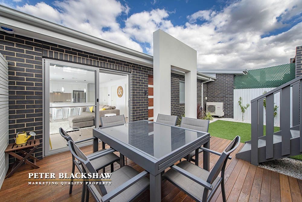 8 Skewes Crescent, Casey ACT 2913, Image 2