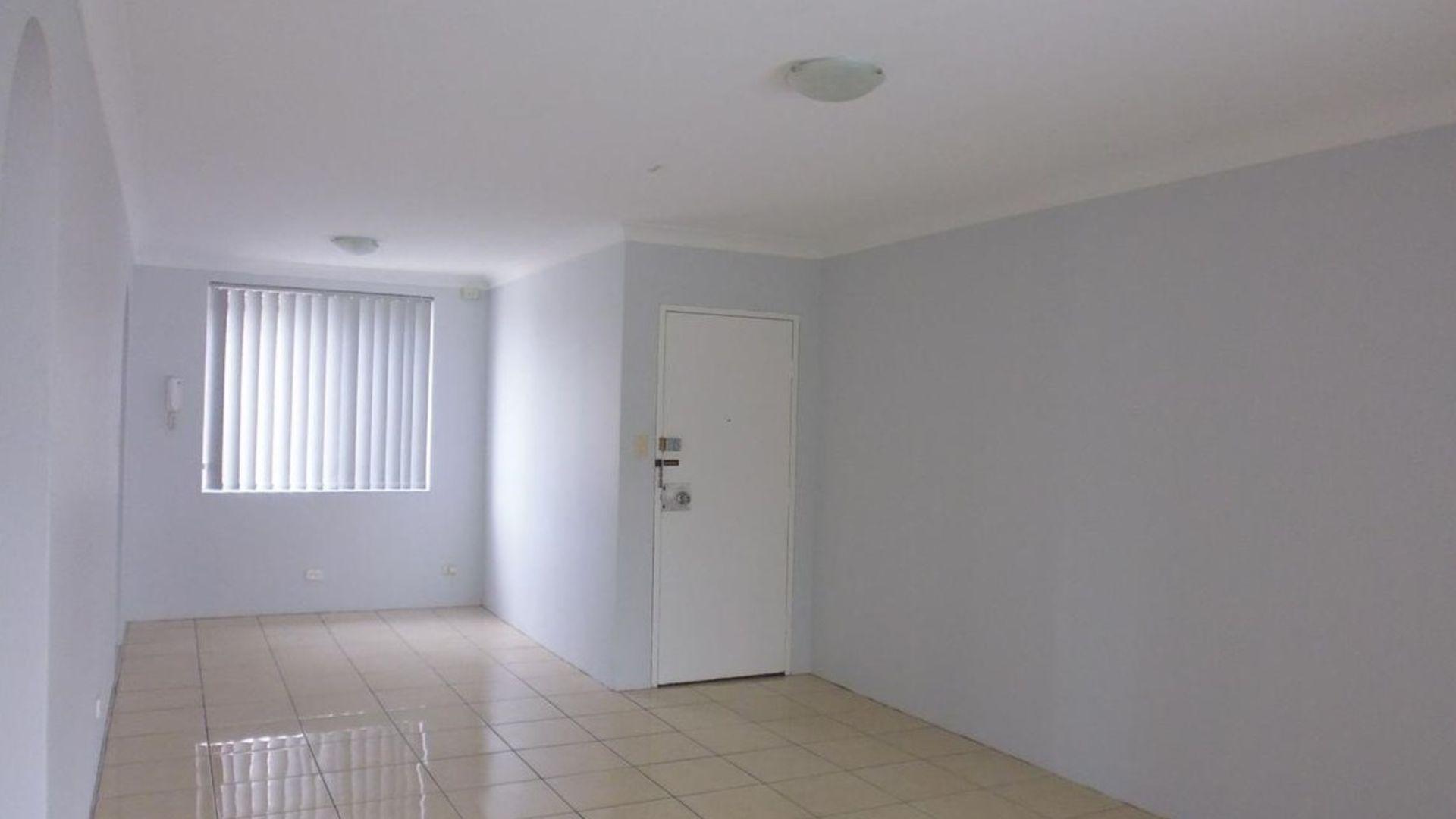 12/28-32 Wilga Street, Fairfield NSW 2165, Image 2