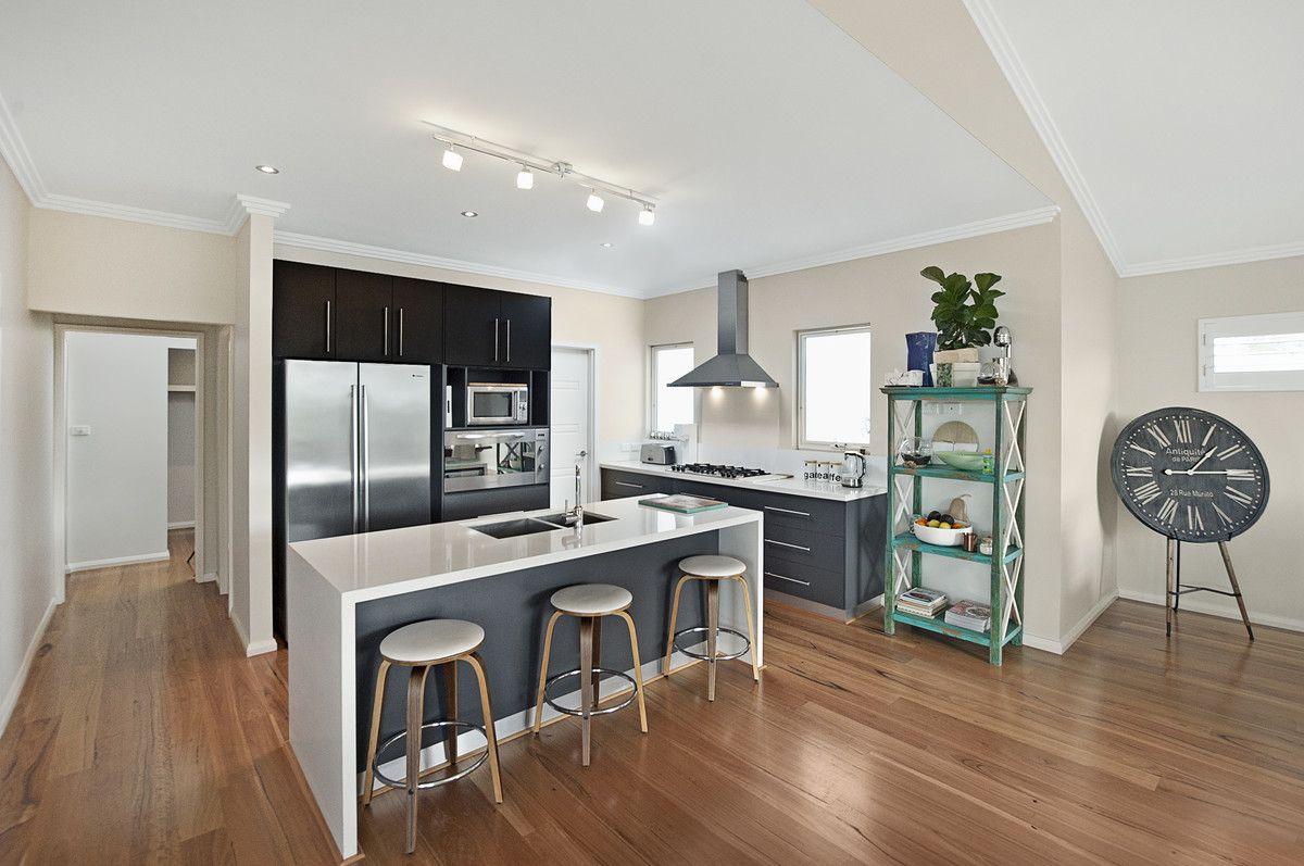 25 Flinders Crescent, Abbey WA 6280, Image 2