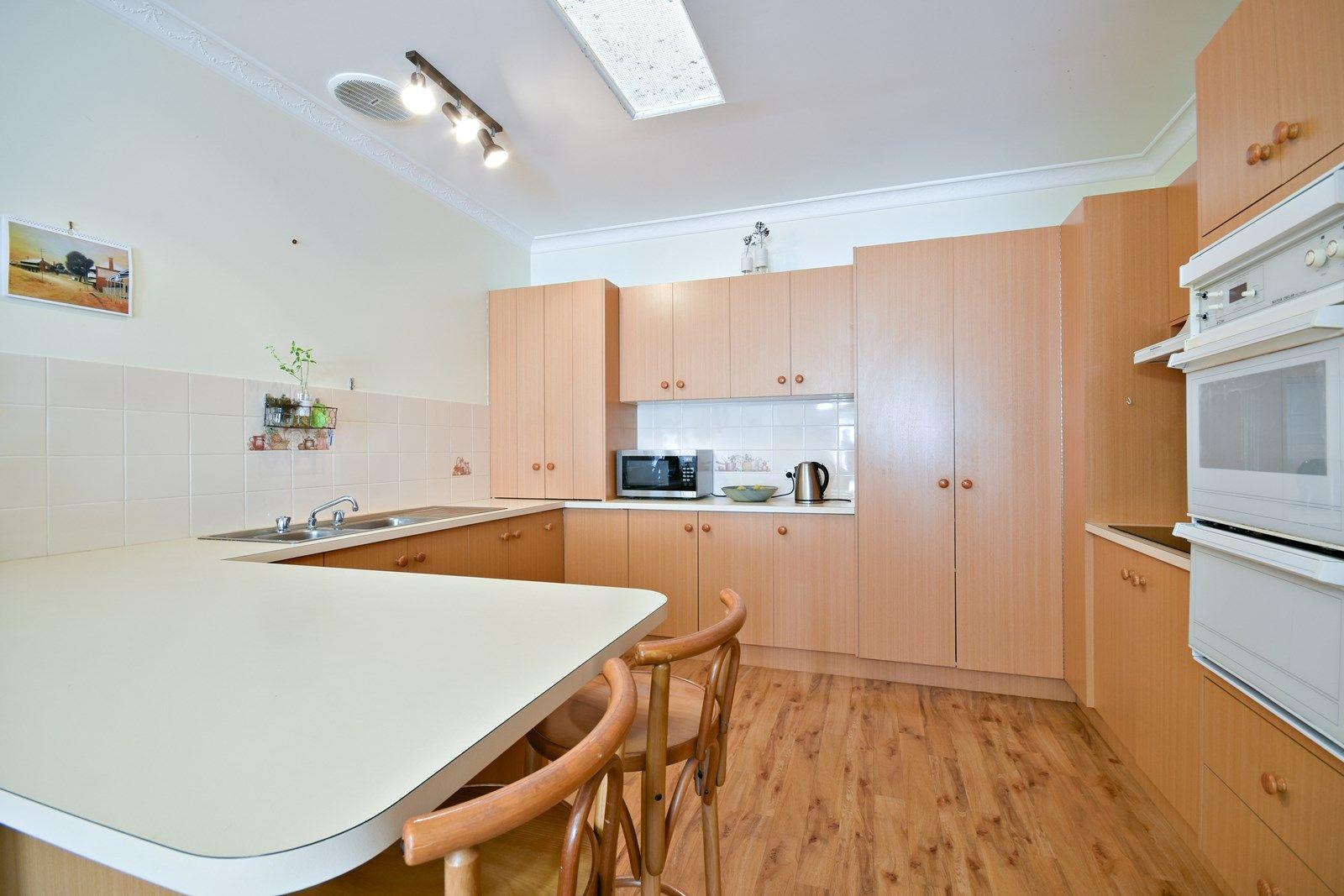 2/21 Bedford Avenue, Dubbo NSW 2830, Image 1