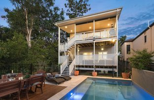 7 Rowsley Street, Greenslopes QLD 4120