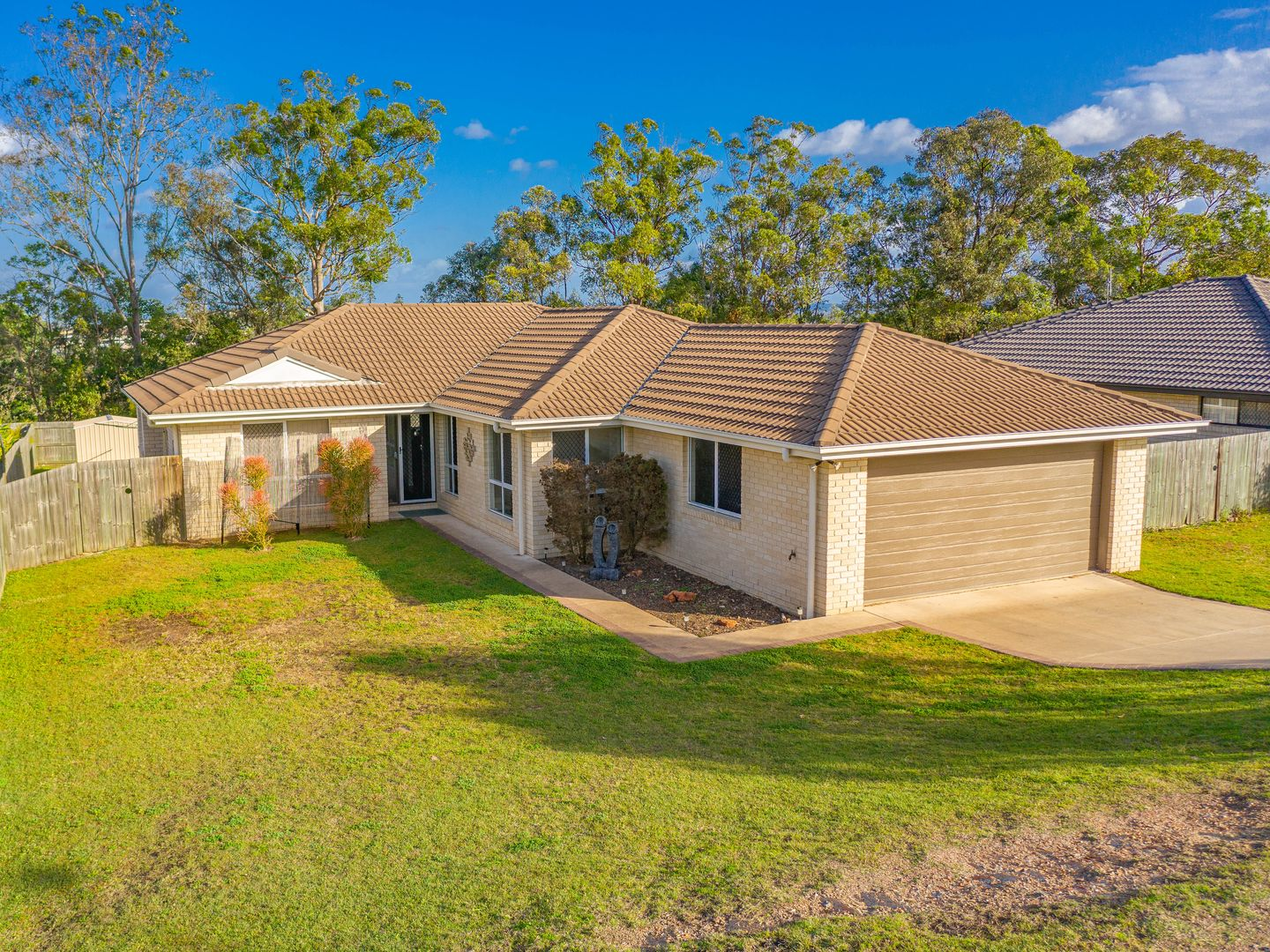 25 Barton Road, Victory Heights QLD 4570, Image 2