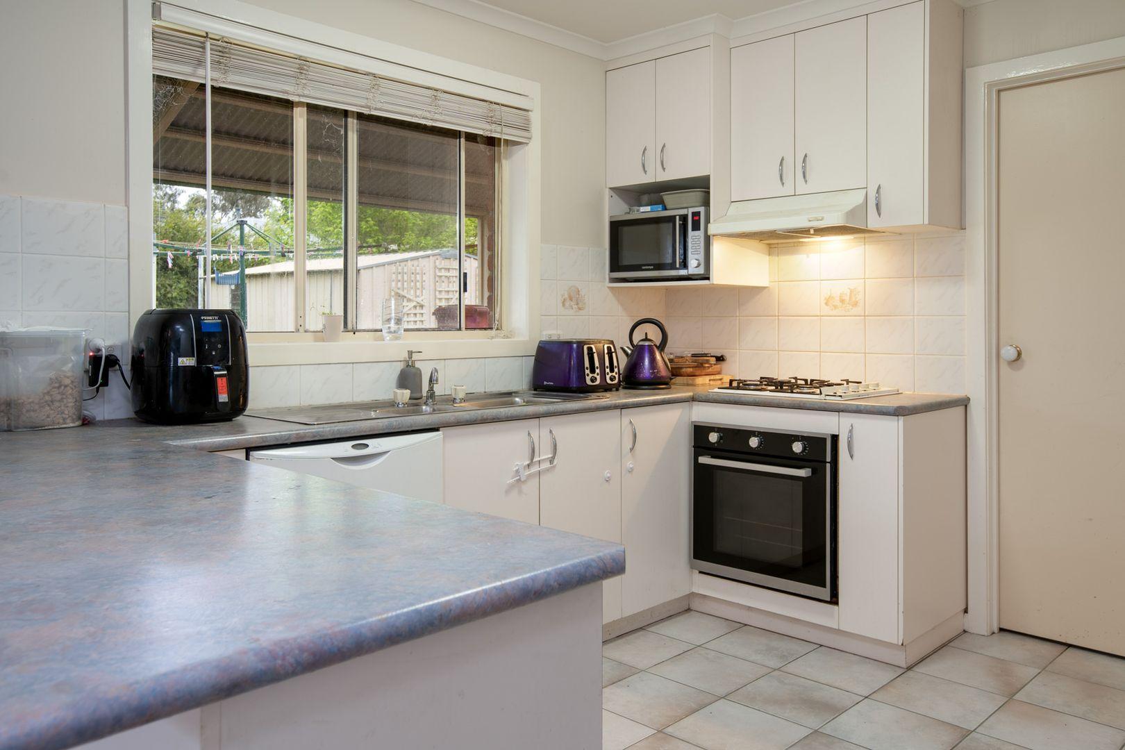 922 Fairview Drive, North Albury NSW 2640, Image 2