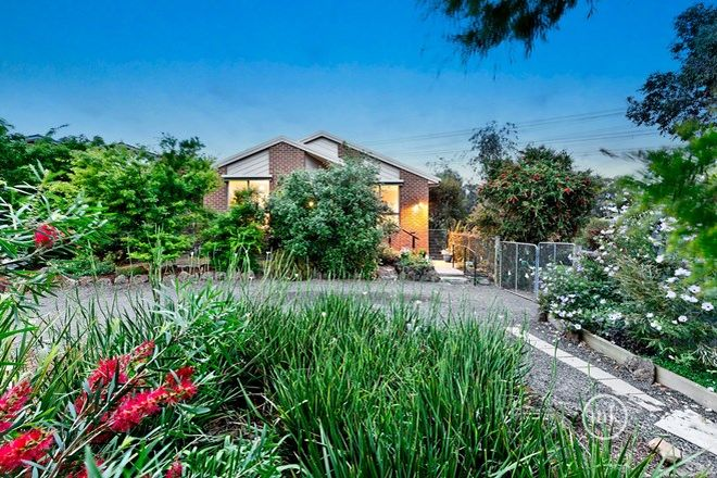 Picture of 9 Booth Court, ELTHAM VIC 3095
