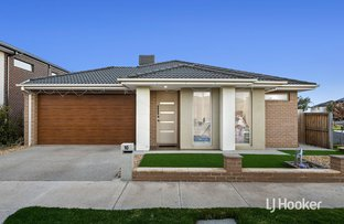 Picture of 10 Bowling Avenue, Point Cook VIC 3030
