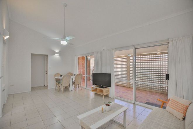 Picture of 5/15 Thabeban Street, AVENELL HEIGHTS QLD 4670