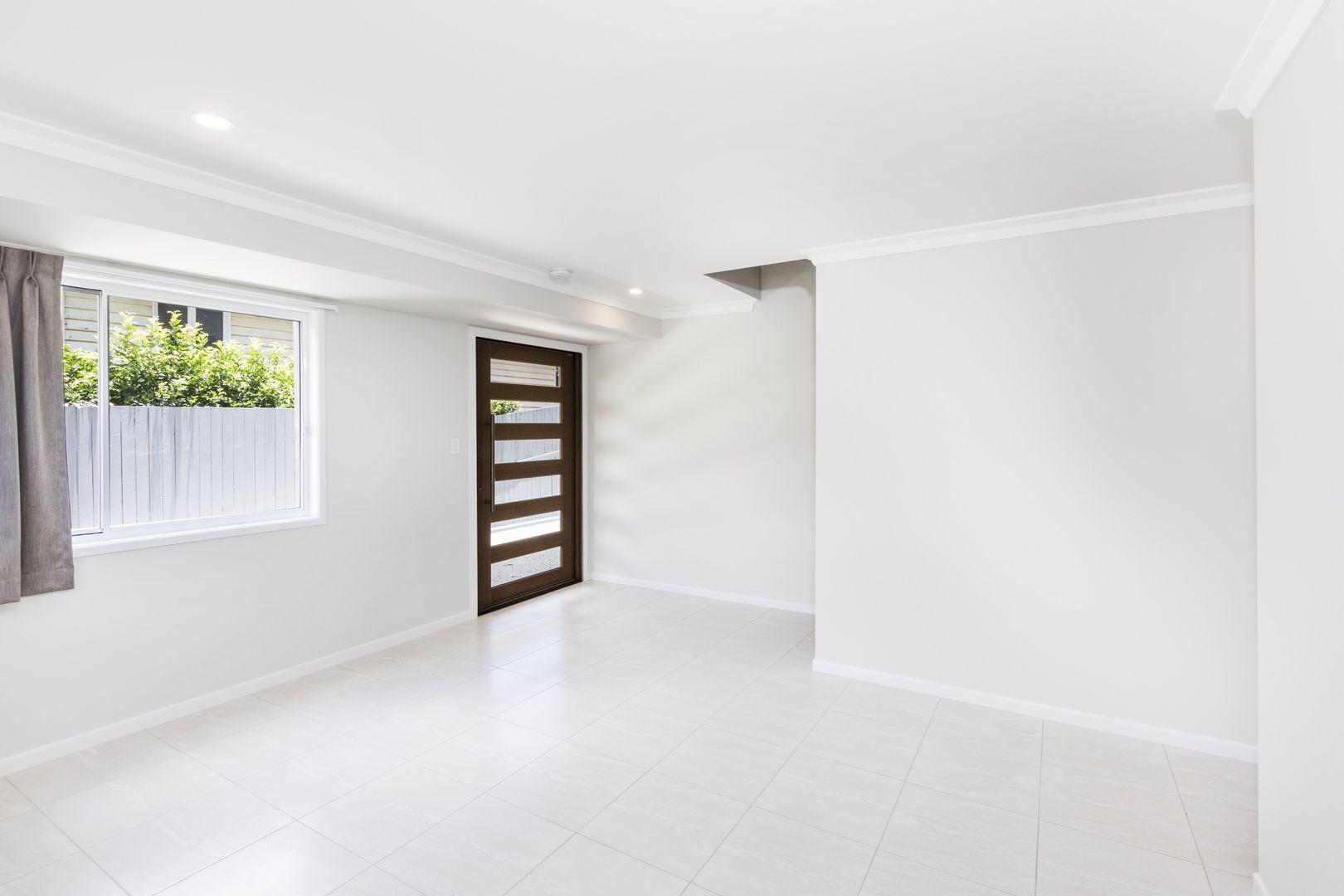 4 Canopus Street, Coorparoo QLD 4151, Image 2