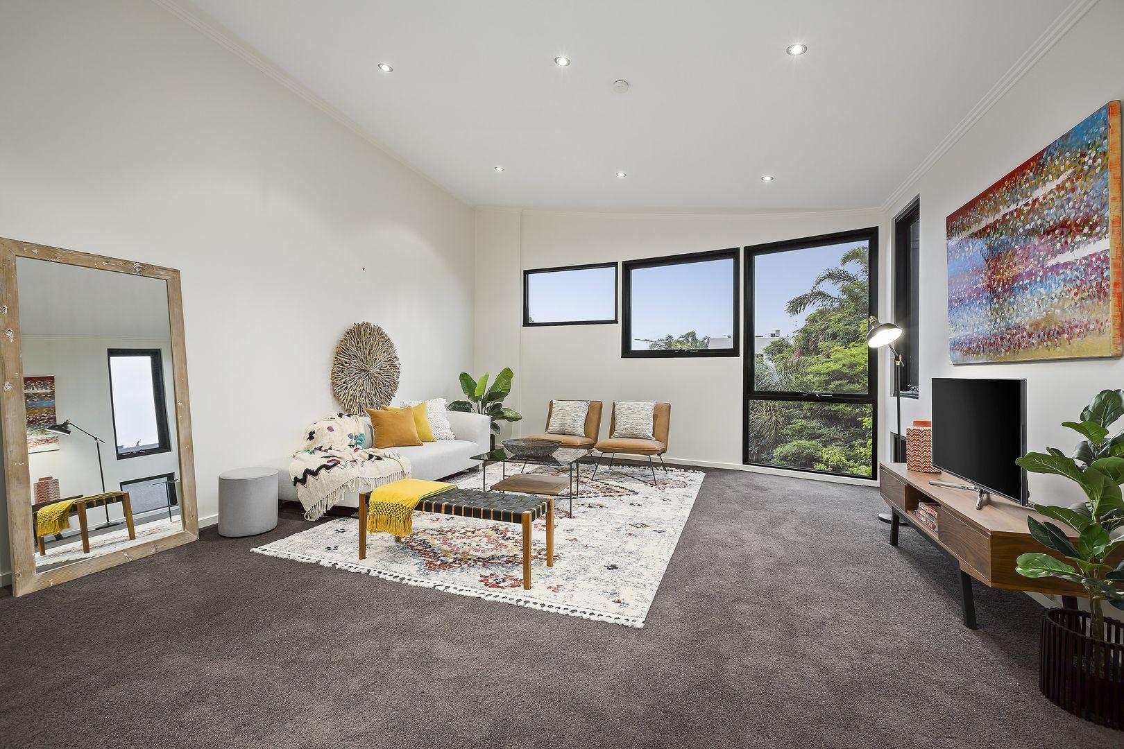 58/15 Beach Street, Port Melbourne VIC 3207, Image 1