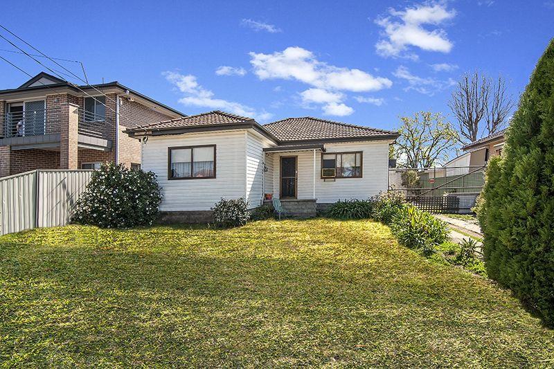 30 LIGAR STREET, Fairfield Heights NSW 2165, Image 0