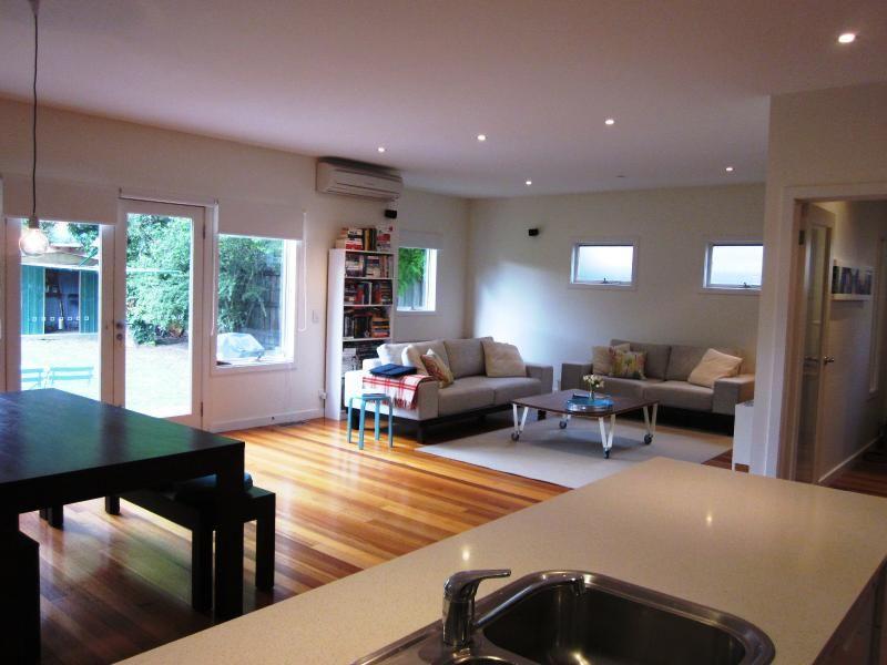 110 Cross Street, West Footscray VIC 3012, Image 1
