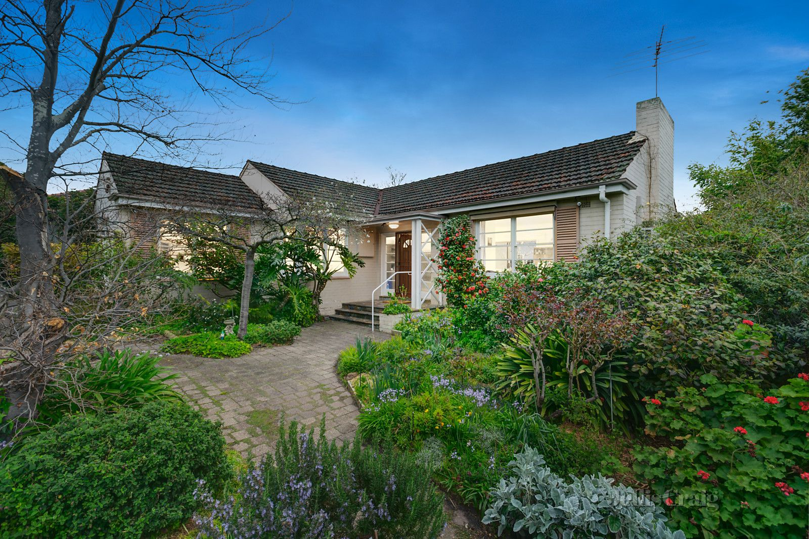 30 Outlook Drive, Camberwell VIC 3124, Image 0