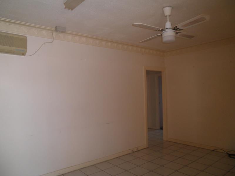 3 Hickory Street, Inala QLD 4077, Image 2