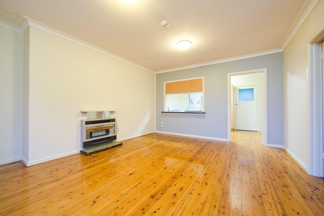 1/243 Cadell Street, East Albury NSW 2640, Image 2