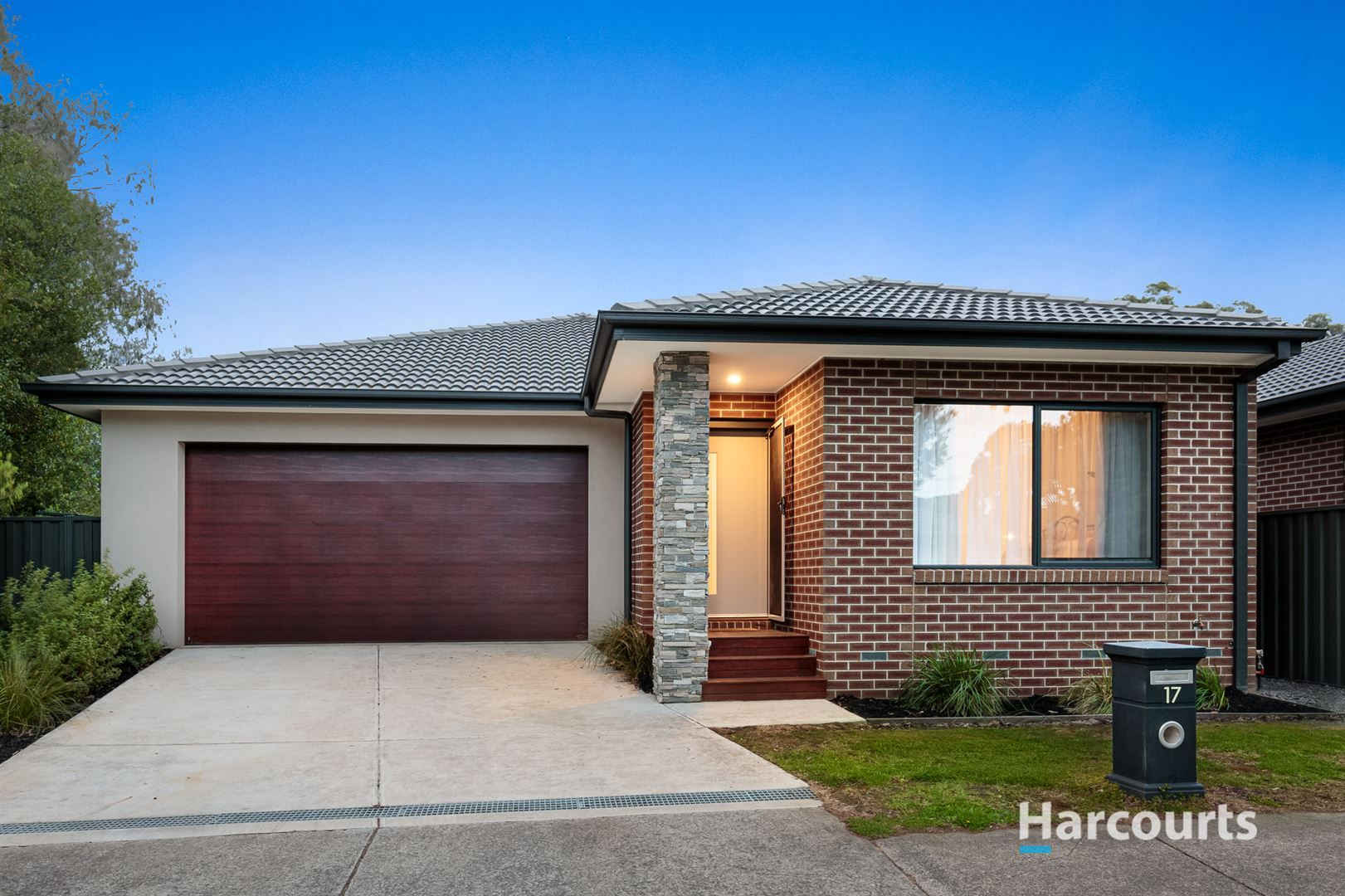 17 Tanglewood Road, Rowville VIC 3178, Image 0