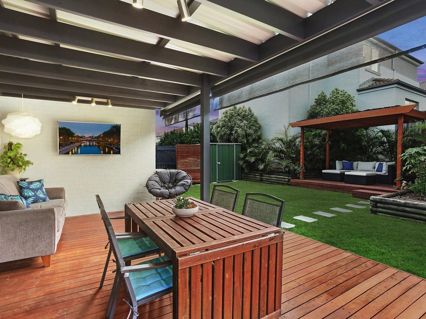 4 Mary Ann Drive, Glenfield NSW 2167, Image 1