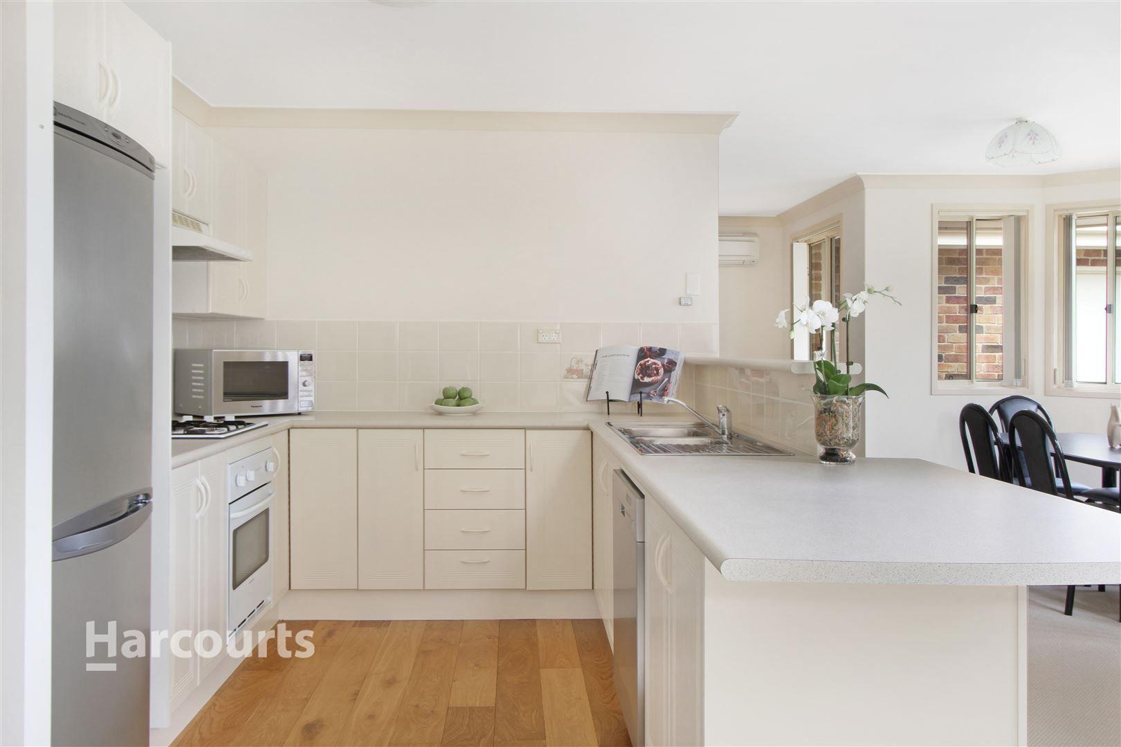 30 Stanthorpe Drive, Kanahooka NSW 2530, Image 2
