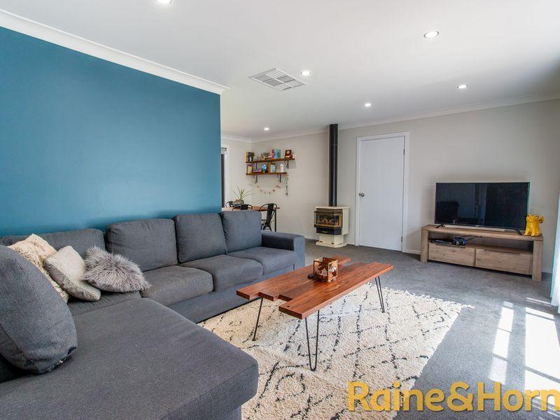 12 Lindsay Place, Dubbo NSW 2830, Image 1
