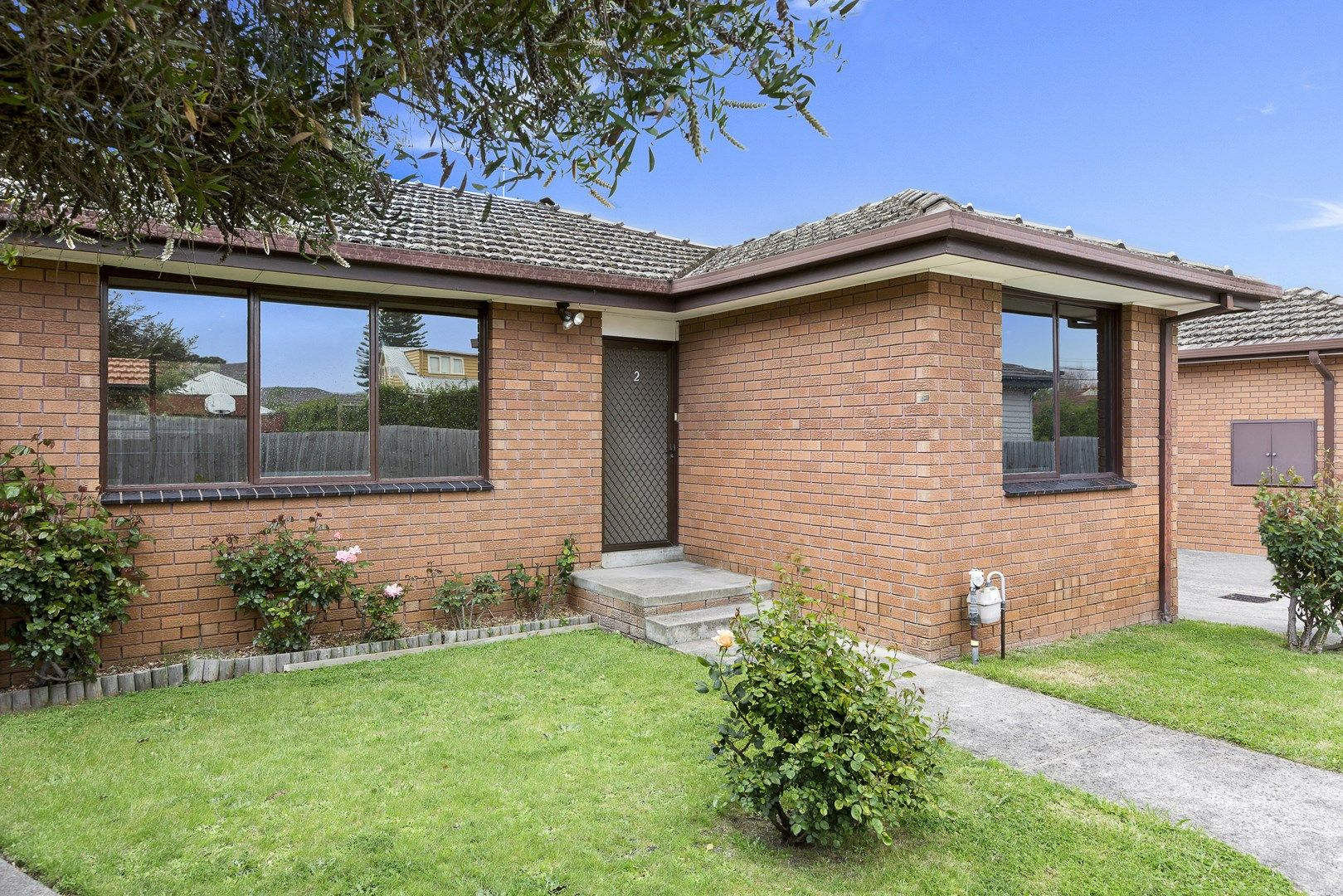 2/12 Clapham Road, Hughesdale VIC 3166, Image 0