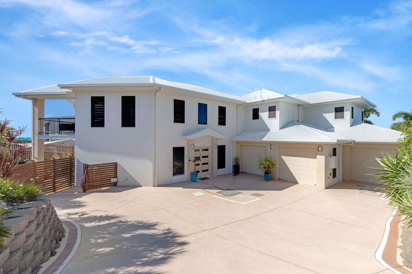 11 Coral Ridge Drive, Eimeo QLD 4740, Image 2