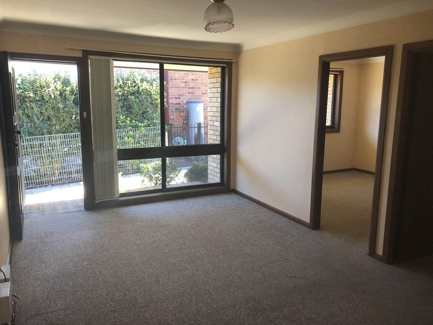 2/27 Parsons Street, West Wollongong NSW 2500, Image 2