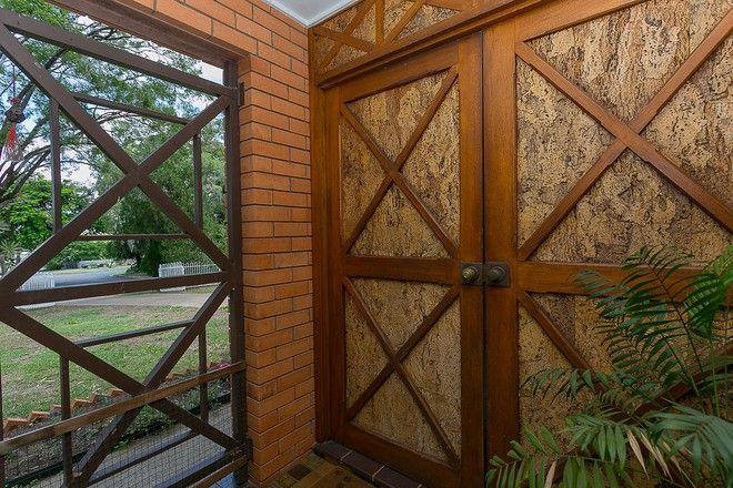 Picture of 2 Dell St, EASTERN HEIGHTS QLD 4305