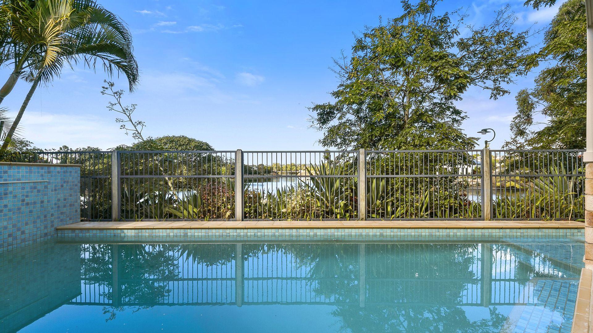 16 Waimea Drive, Varsity Lakes QLD 4227, Image 1