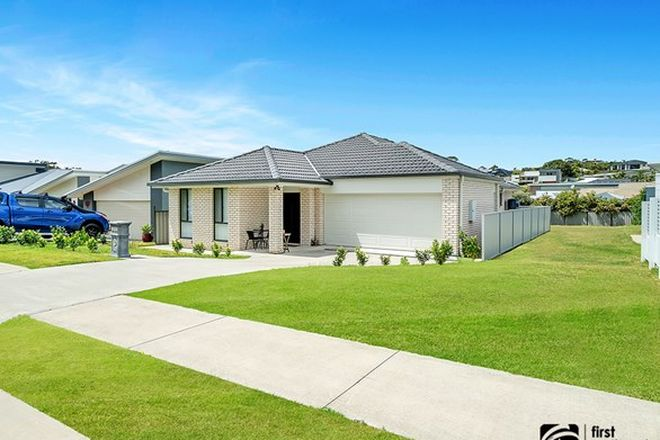 Picture of 50 Admiralty  Drive, SAFETY BEACH NSW 2456