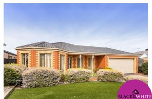 8 Burley Court, Manor Lakes VIC 3024