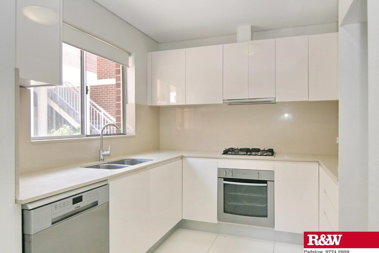 2/156-160 Alma Rd, Padstow NSW 2211, Image 1