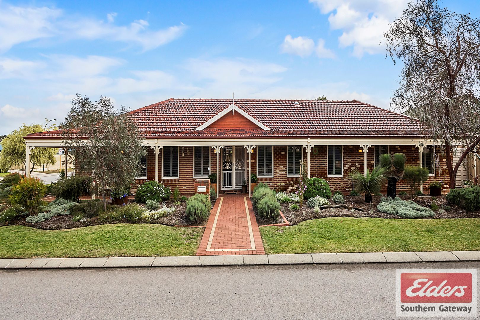 16 Eliza Way, Bertram WA 6167, Image 0