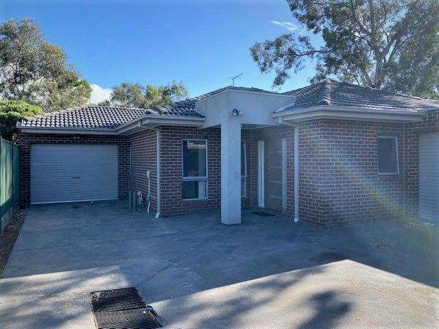 2/17 Maiden Court, Epping VIC 3076, Image 0