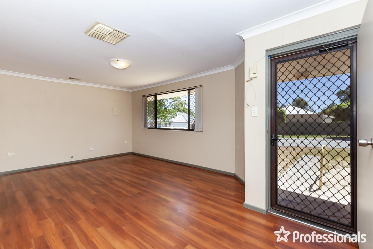 2 Prout Road, Armadale WA 6112, Image 0