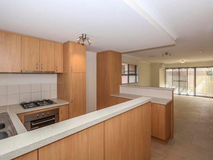 2 bedrooms Apartment / Unit / Flat in 4/273 Lord Street PERTH WA, 6000