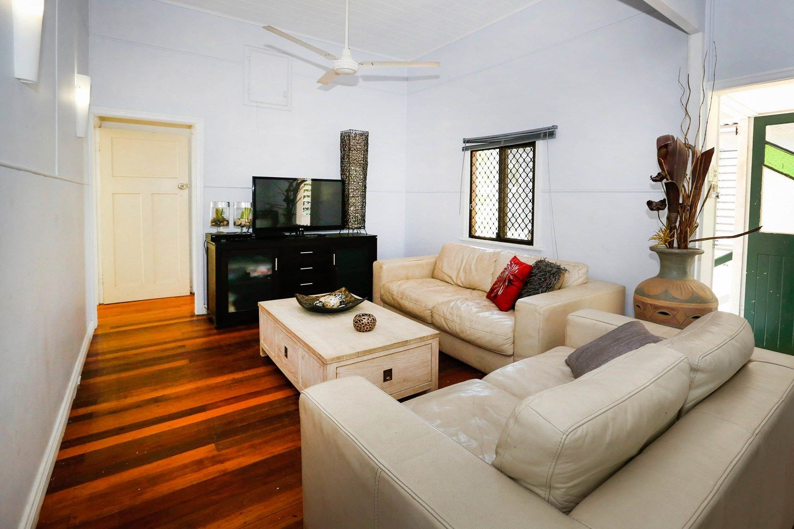 20 Tenth Avenue, Railway Estate QLD 4810, Image 2