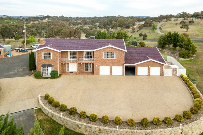Picture of 10 Swan Drive, GOOGONG NSW 2620