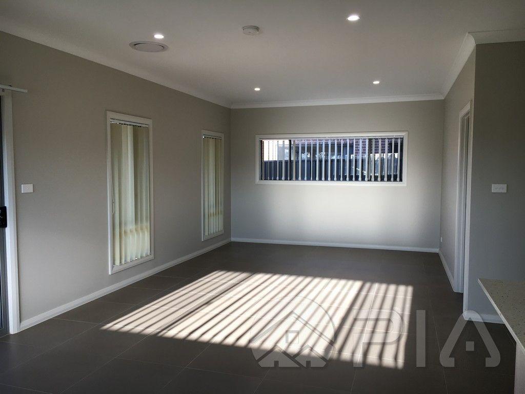 11 Barool Avenue, Kellyville NSW 2155, Image 1