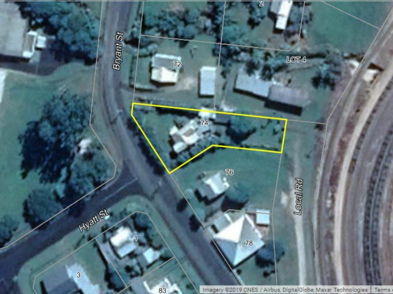 74 Bryant Street, Tully QLD 4854, Image 2