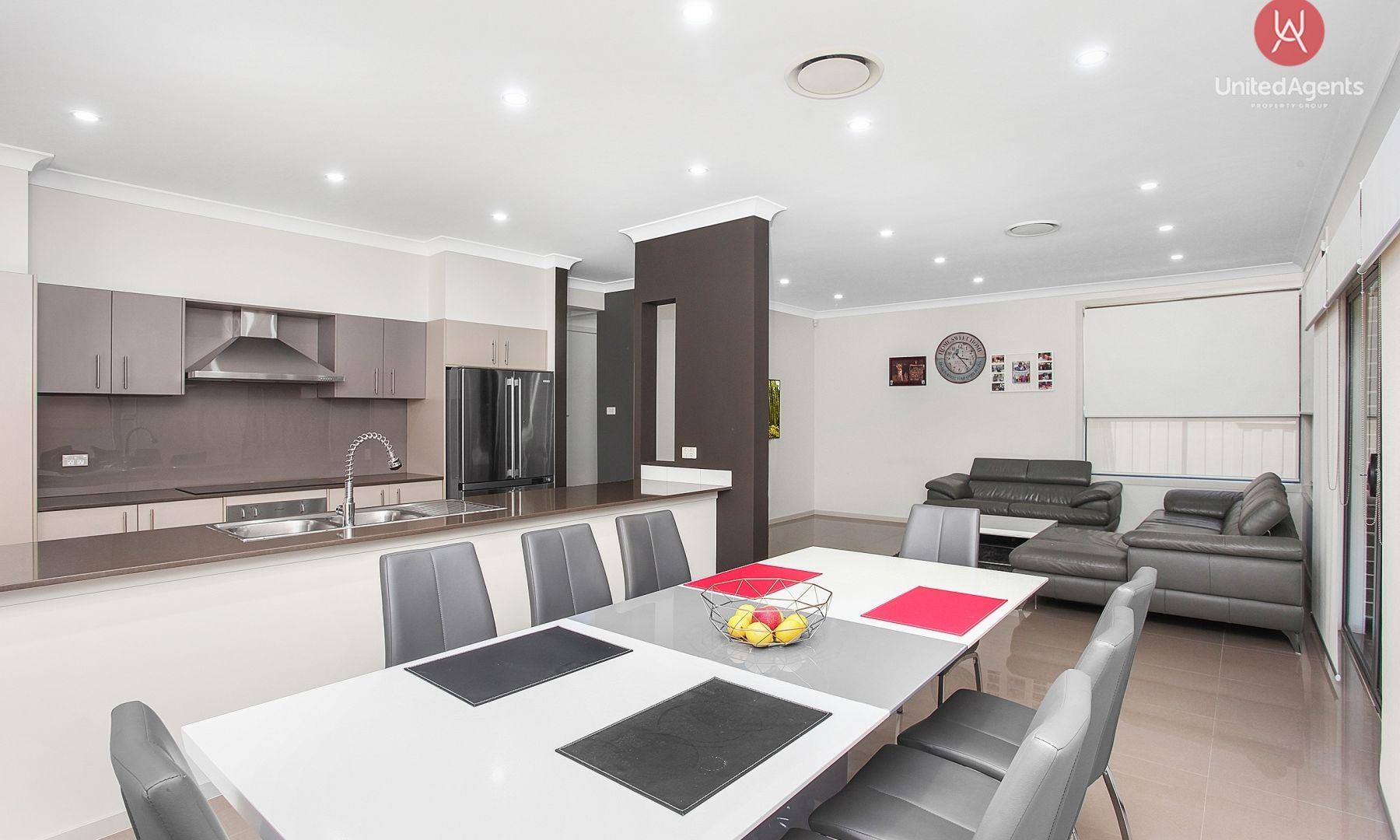 23 Jessie Street, Middleton Grange NSW 2171, Image 2