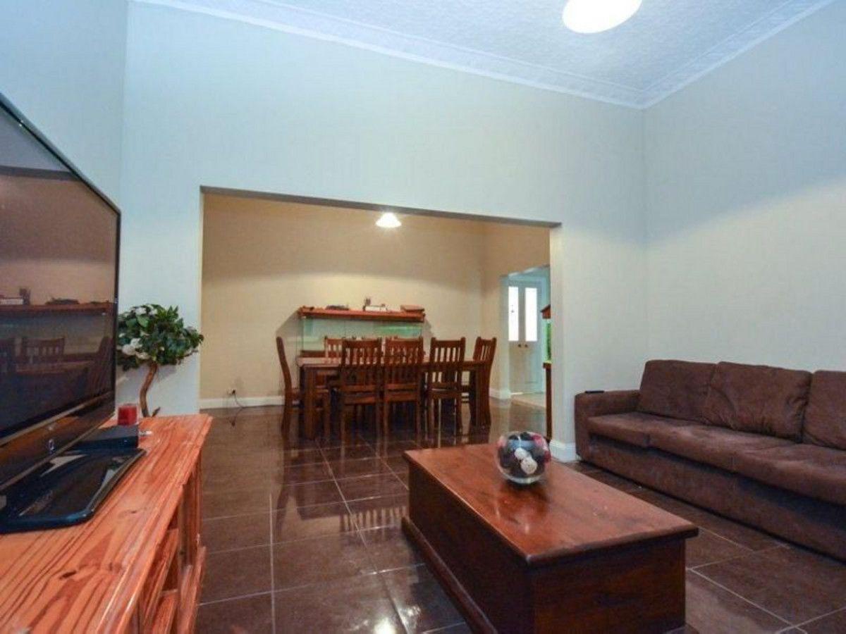 52 Wee Waa Street, Boggabri NSW 2382, Image 2