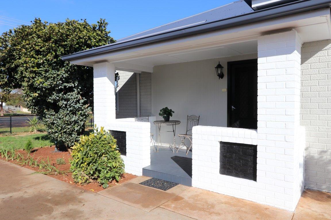 131 Polaris Street, Temora NSW 2666