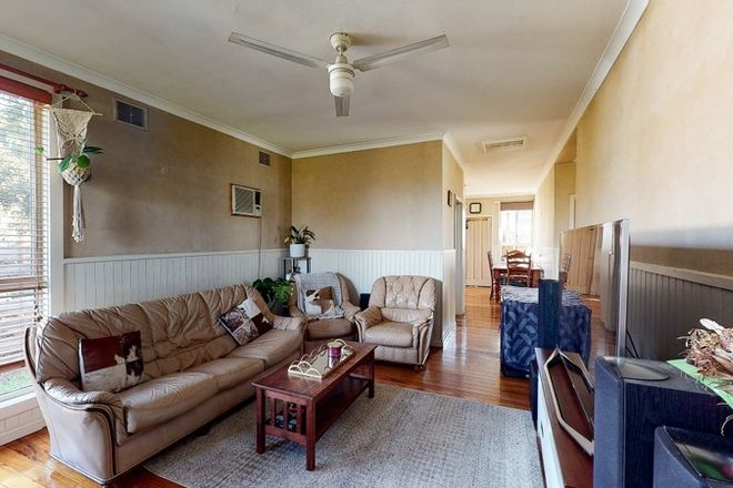 Picture of 5 Sparks Lane, TOONGABBIE VIC 3856