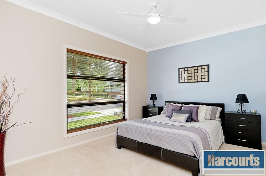 25 Grandiflora Street, Rouse Hill NSW 2155, Image 2