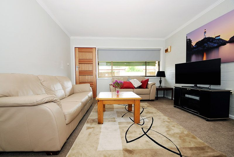 3/4 Donald Grove, Chelsea VIC 3196, Image 2