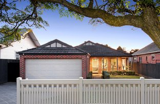 Picture of 25 Tamar Grove, Oakleigh VIC 3166