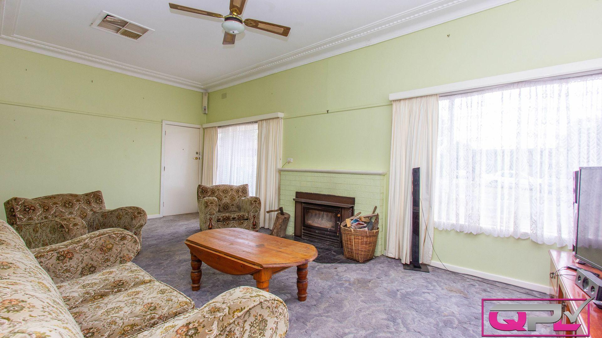 46 Dalgetty Street, Narrandera NSW 2700, Image 2