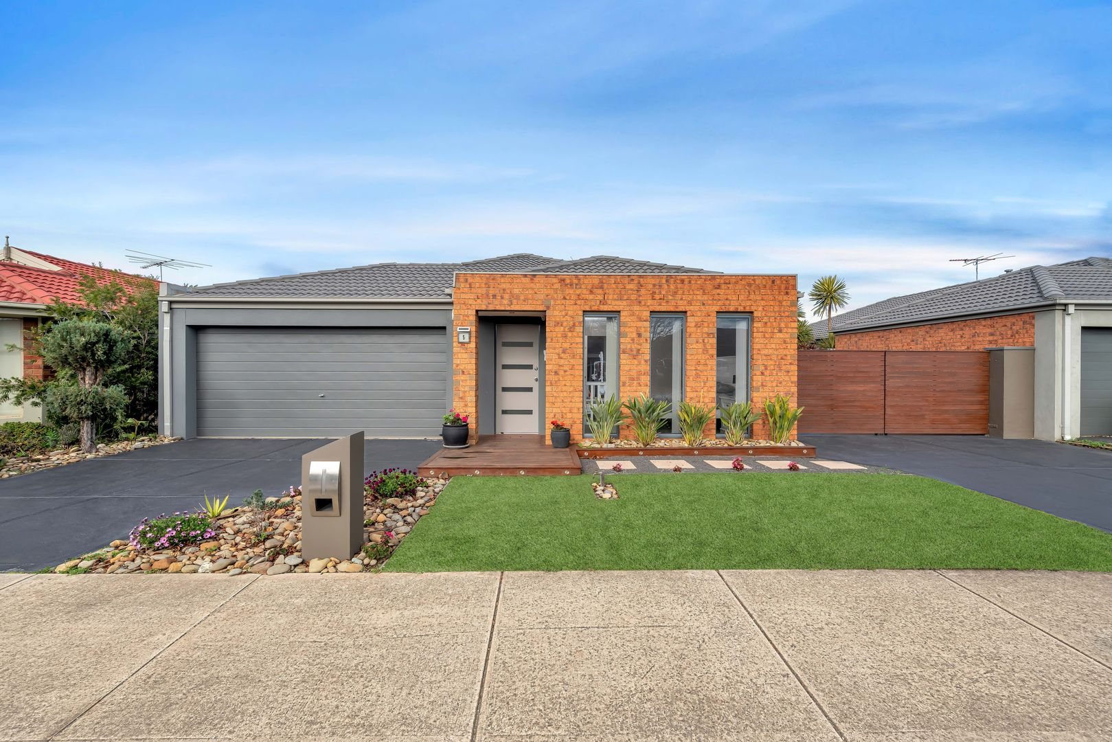 5 Sutton Grove, Melton West VIC 3337, Image 0
